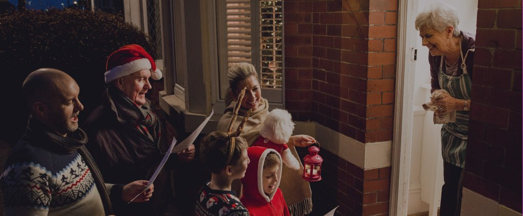 MomClone-Host-a-Christmas-Caroling-Party-Landing-Page